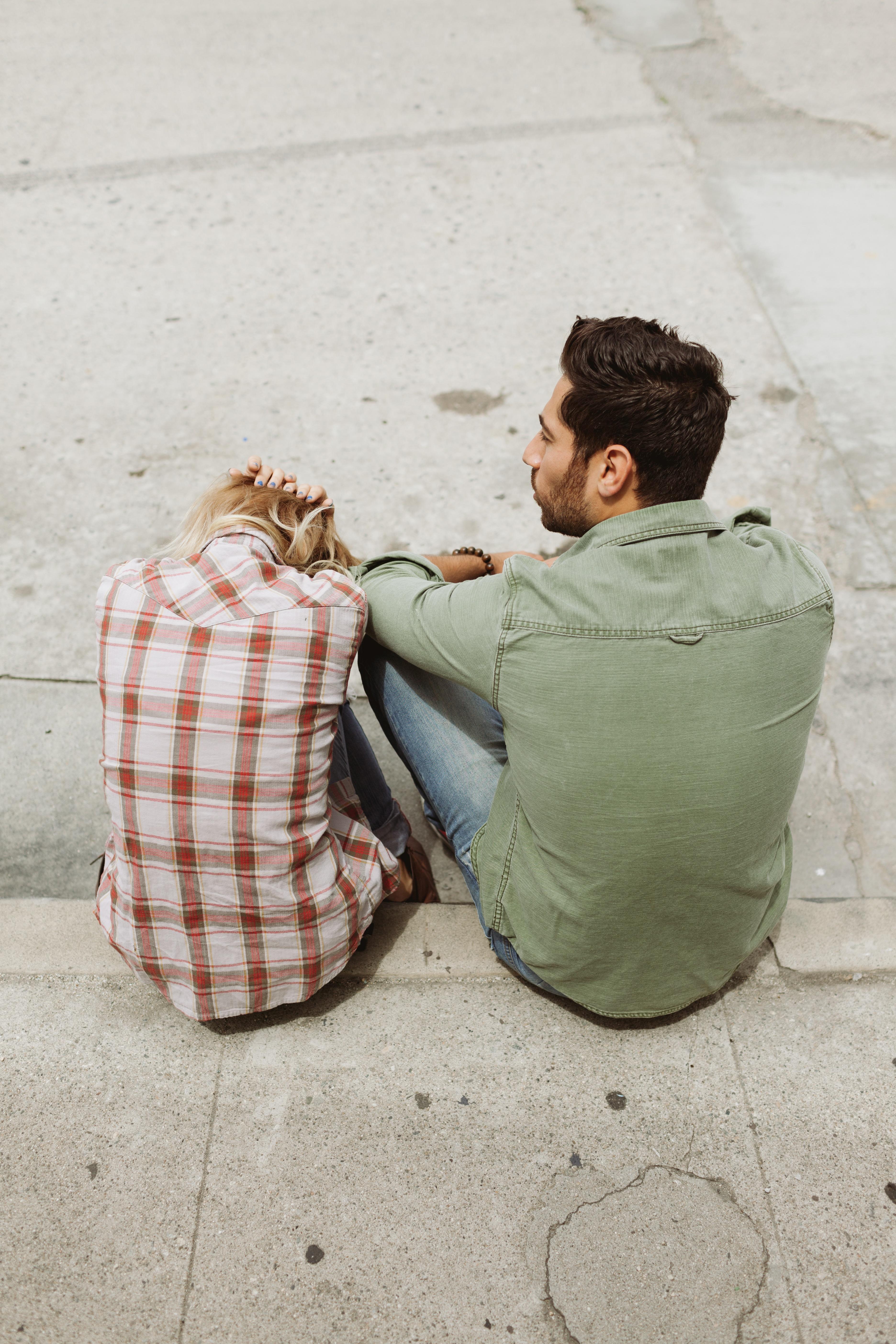 sad_couple_talking.jpg